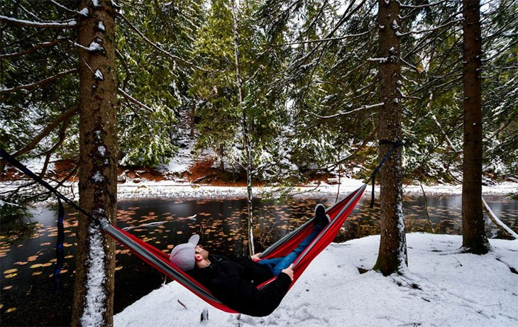 cold weather camping in a hammock